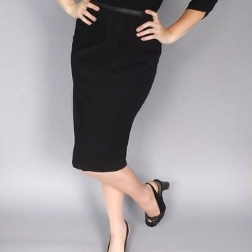 Vintage 1950s 60s Little Black Dress Party Cocktail Wiggle Mad Men Sexy Elegant Vogue Couture Fitted Silk Jersey Marilyn Monroe BURLESQUE