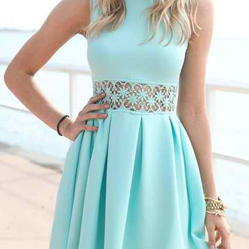 Light Blue Sleeveless Lace Pleated Dress