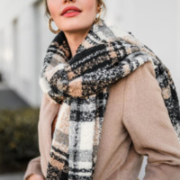 In The Wind Scarf - Black