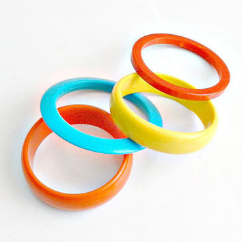 Vintage Lucite Bangle Bracelets, Multicolored Bangles, Bright Red Yellow Orange & Turquoise, Set of 4 Bangles.