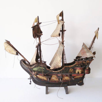 Vintage Wooden Galleon, Model Ship, Multi Deck Sailing Ship, European Style Warship, Ship Modeler's Restoration Project