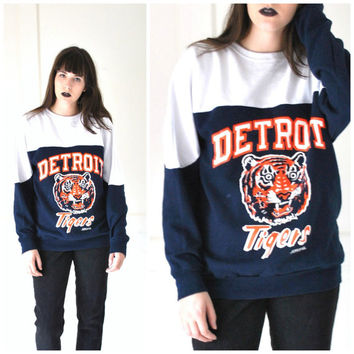DETROIT Tigers sweatshirt vintage 80s  ATHLETIC unisex pull over sweatshirt medium
