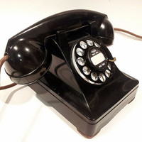 WORKING- Black Lucy Rotary Phone  1949