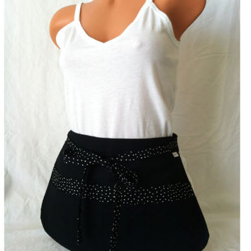 Black Stylist  Apron - Black Polka Dot Pockets, Sexy Apron, Hairstylist, Makeup Artist, Waitress Apron, Vendor Apron, Tool Belt,