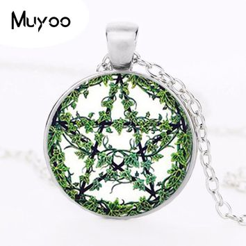 Pentagram Necklace Green Plant Rattan Tree Pendant Wiccan Star Pentacle Jewelry Occult Pendant Glass Cabochon Chain Necklace HZ1