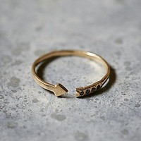 Odette Womens Diamond Arrow Band Ring - Gold