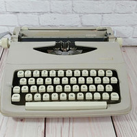 Vintage Working Beige Royal Parade Typewriter Portable Compact With Case