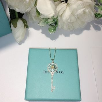 Tiffany & Co. Women Fashion Square diamond yellow diamond key necklace