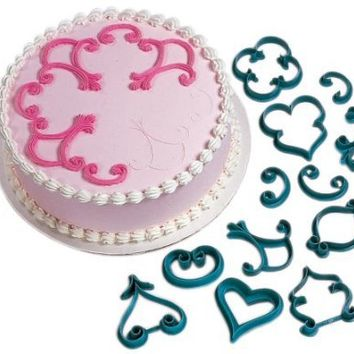 Wilton 2104-3160 12-Piece Cake-Decorating Press Set, Decorator Favorites