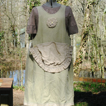 Pinafore style apron, crafter, vendor, chef,potter,full coverage, artist apron, large pockets!