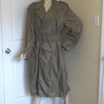 1958 Vintage Military Issue Men's Rain Trench Coat Slicker with Belt, Size 40, 2 Pockets, Vintage Clothing, Coated Nylon, Taupe Shade 179