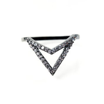 Pave V Ring - Gunmetal