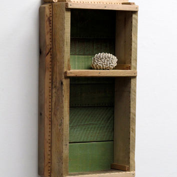 Reclaimed Wood, Pallet Wood, Curio Cabinet, Display Cabinet, Wall Shelf, Eco-Friendly, Pallet Furniture, Reclaimed Material, Shadow Box