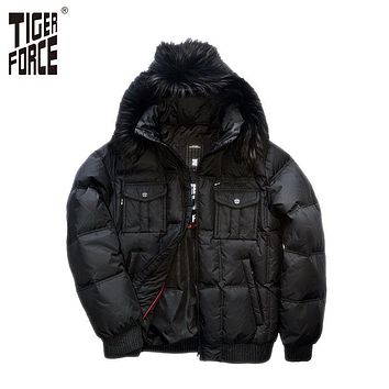 TIGER FORCE 2017 New Men Fashion Down Jacket 70% White Duck Down Winter Down Jacket Coat Fox Fur Collar Free Shipping D-332F