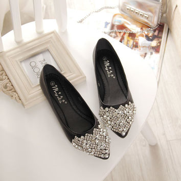 NEW Fashion 2016 Flats Shoes Women Ballet Princess Shoes For Casual Crystal Boat Shoes Rhinestone Women Flats PLUS Size
