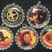 Hunger Games party favors necklace or zipper pull set of 5 - Katniss & mockingjay
