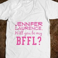 Who doesn't love Jennifer Lawrence? - Movieaholic Shirts