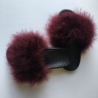 DCCKDW7 Wine Nike fur slides