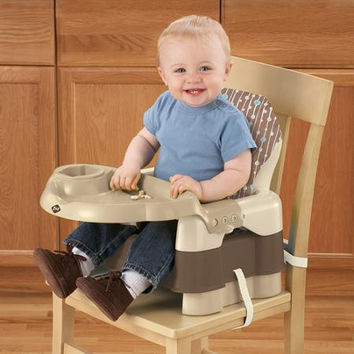 Safety 1st® Deluxe Sit, Snack, & Go Convertible Booster (Alt. Décor with Full Pad) BO060BJH1