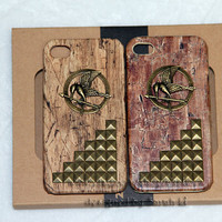punk style Wood grain  iphone 4/4S case - badge hunger games mocking bird mocking jay phone case gifts for her may trends summer fashion
