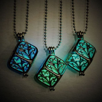 Glow in the dark pierced Hollow Locket Magic light pendant (Exposure to Sun for 24 hours)
