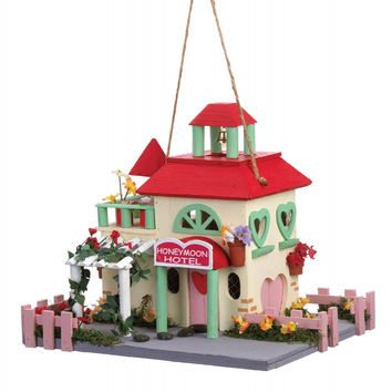 Honeymoon Hotel Birdhouse