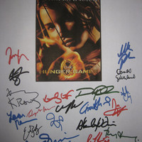 Hunger Games Signed Movie Film Script X21 Jennifer Lawrence Liam Hemsworth Stanley Tucci Josh Hutcherson Woody Harrelson Donald Sutherland
