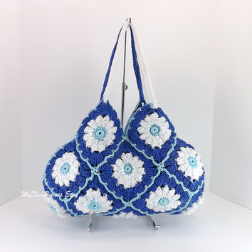 ON SALE Crochet floral granny square mini purse, granny squares small evening bag, fashion spring summer mini purse, fall handbag 2014