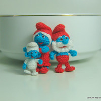 tiny crochet art smurf family 1 - Papa smurf and girlfriend - baby smurf  3/4 inch