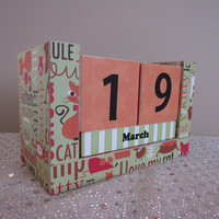 Perpetual Wooden Block Calendar - Cartoon Kitty Cats and Words