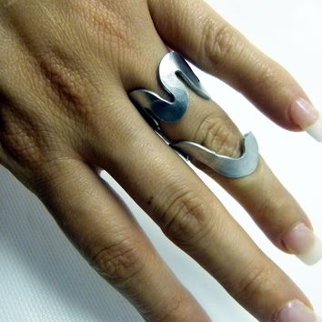 classy hammered chunky ring , all handmade artsy ring , statement rings , chunky rings, long rings, adjustable rings, women rings, aluminum