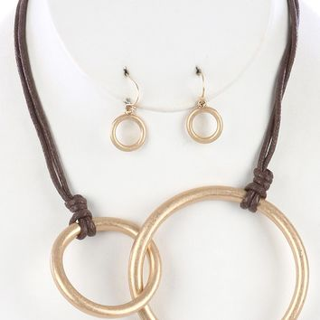 Matte Finish  Interlinked Ring Knotted Cord    Necklace Earring Set