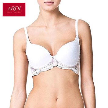 Woman's White Bra With a Molded Cups On Frames Lace