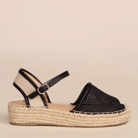 Don't Mesh Around Sandals - Black