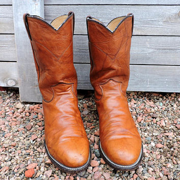 Vintage Justin roper boots 9 D Mens  /  cognac brown ropers / Justin made in USA / GravelStreetVintage