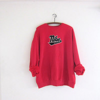 vintage NIKE coed sweatshirt. red sweatshirt. baggy loose fit slouchy sweatshirt. lightly distressed