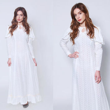 Vintage 70s EYELET Lace Dress Boho WEDDING Dress Hippie Wedding Dress Prairie Dress White LACE Maxi Dress