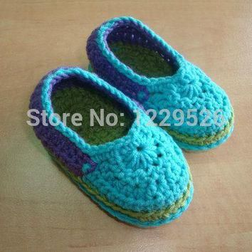 BABY BOOTIES - childrens shoes - baby shoes - green shoes- green booties- green and bl