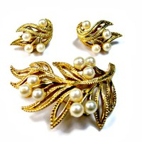 Trifari Pearl Clusters on Open Leaf Brooch and Earrings Set Textured Gold Tone Signed in Original Box