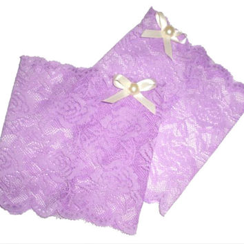 "Lavender 6"" Wide Floral Scalloped Stretch Lace Bow Pearl Peek a Boo Boot Cuffs Boot Toppers"