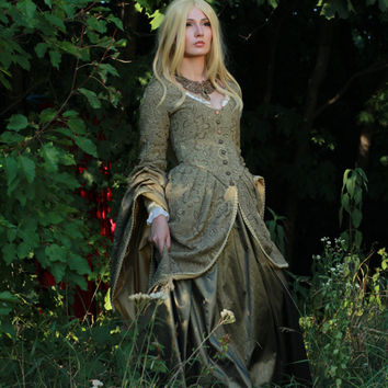 Game of Thrones-inspired Medieval Fantasy Dress Winterfell wedding . Made-to-measure with another fabric