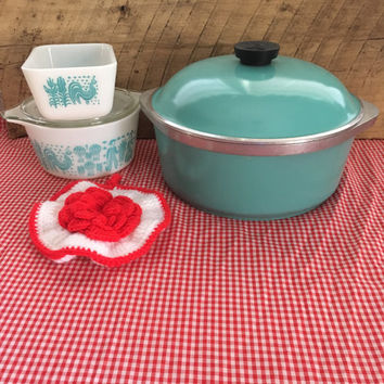 Vintage club aluminum roaster, turquoise club pan, vintage cookware, club cookware, vintage pot