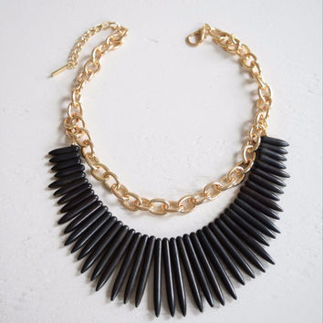 Black Fringe Chain Collar