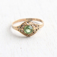Vintage 10k Yellow Gold Filled Peridot Green Stone Ring - Antique 1930s Size 8 Art Deco Filigree Hallmarked C&C Clark and Coombs Jewelry