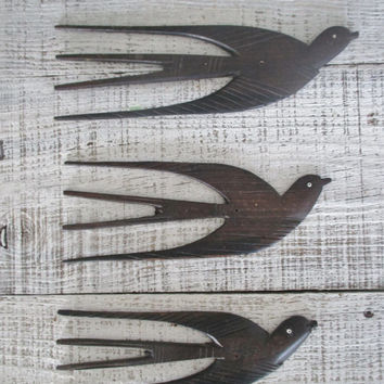 Bird Wall Hanging Set Of 3 Mid Century Wooden Birds Folk Art Birds Sculpture 1960s Dark Wood Bird Wall Art African Tanganyika Hand Carved