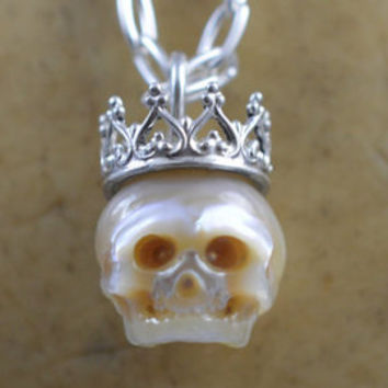 Carved Full Skull Pearl Wearing Sterling Silver Crown - Valentines Day Gift- Gift For Her - Gift For Him - Valentine Jewelry - Pearl Skull