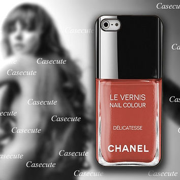 iphone case, i phone 4 4s 5 case,cool cute iphone4 iphone4s 5 case,stylish plastic rubber cases cover, Nail Polish, chanel  delicatesse