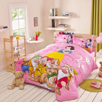 Snow White and the Seven Dwarfs Movie Themed Bedding Set | EBeddingSets