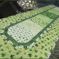 Quilted Irish Shamrock Table Runner St Patrick 703