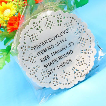 Creative Craft 4.5Inch Diameter 11.4cm Round White Paper Lace Doilies Cake Placemat Party Wedding Gift Decoration 100pcs pack